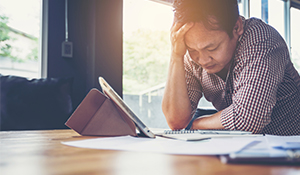 5 Tips to Safeguard Your Health When Dealing with Financial Stress